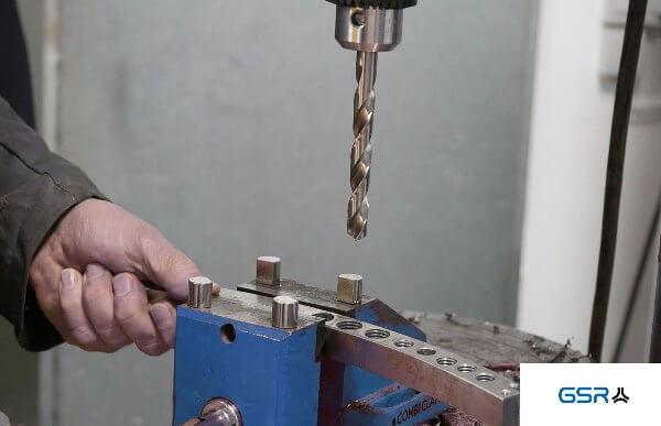 Drilling in metal, metal twist drill