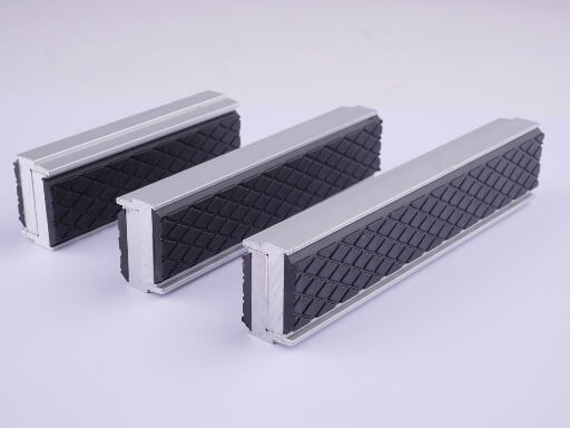 GSR protective aluminium jaws with rubber profile in the sizes: 100 mm, 125 mm and 150 mm